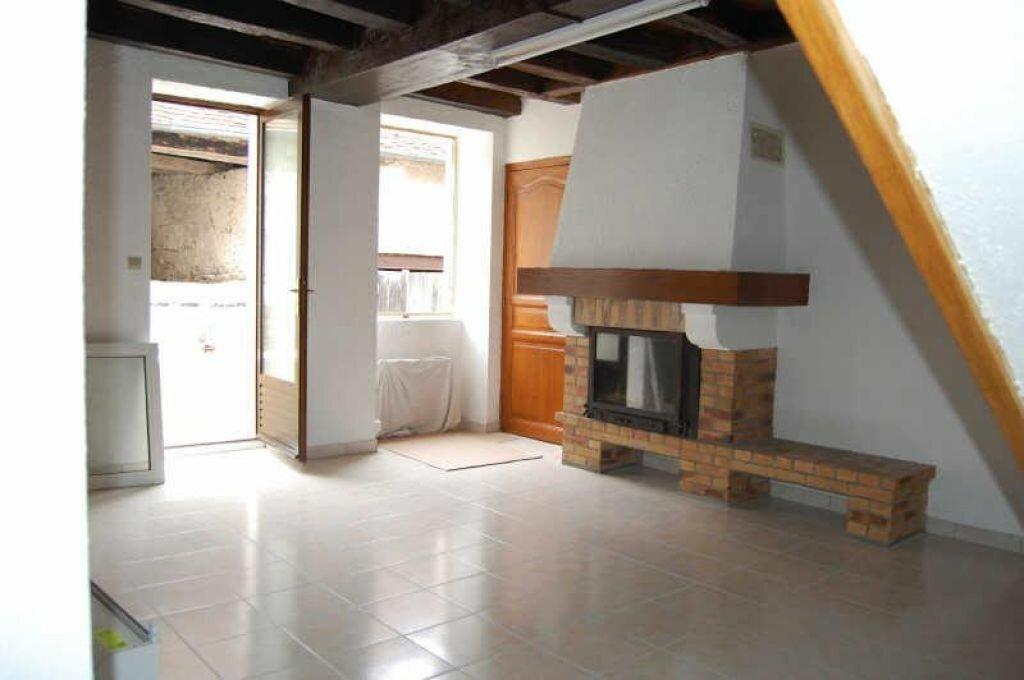 Location Maison 3 pièces à Sancerre - vignette-1