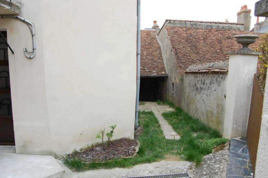 Location Maison 3 pièces à Sancerre - vignette-11