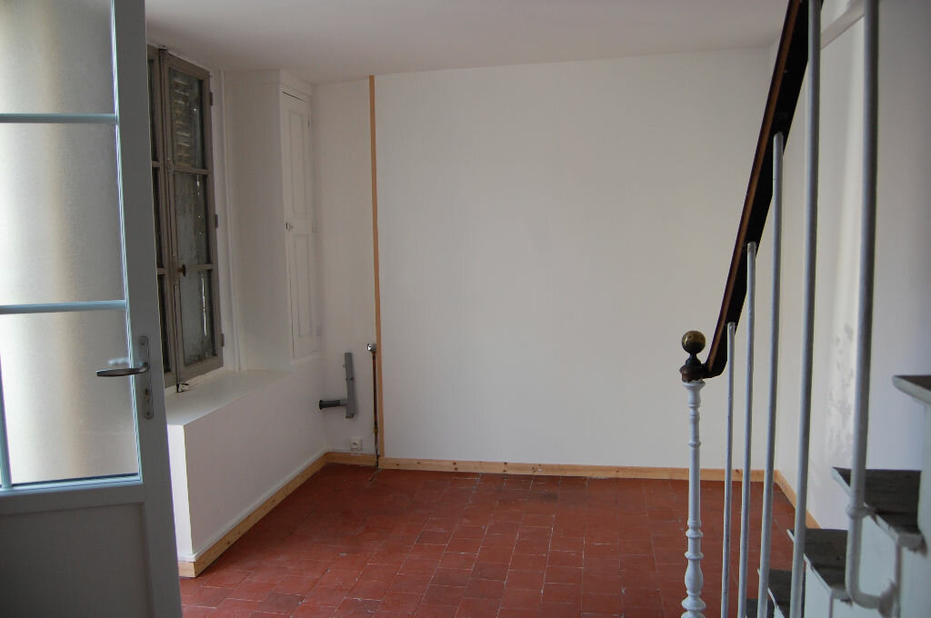 Location Maison 3 pièces à Sancerre - vignette-3