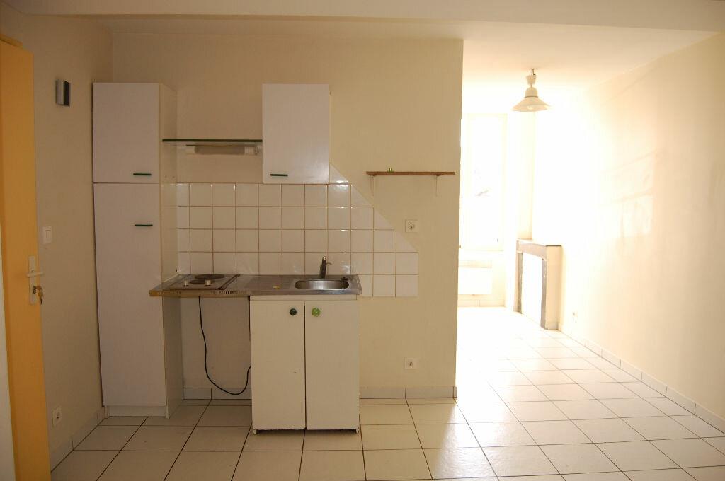 Location Maison 3 pièces à Sancerre - vignette-5
