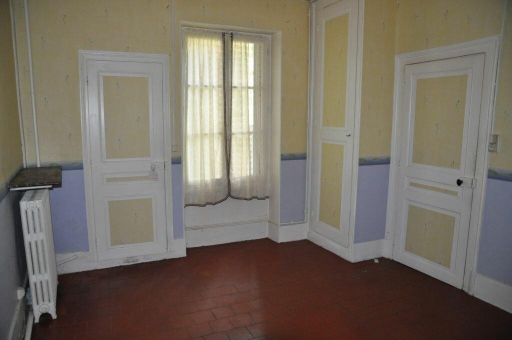 Location Appartement 4 pièces à Cosne-Cours-sur-Loire - vignette-1