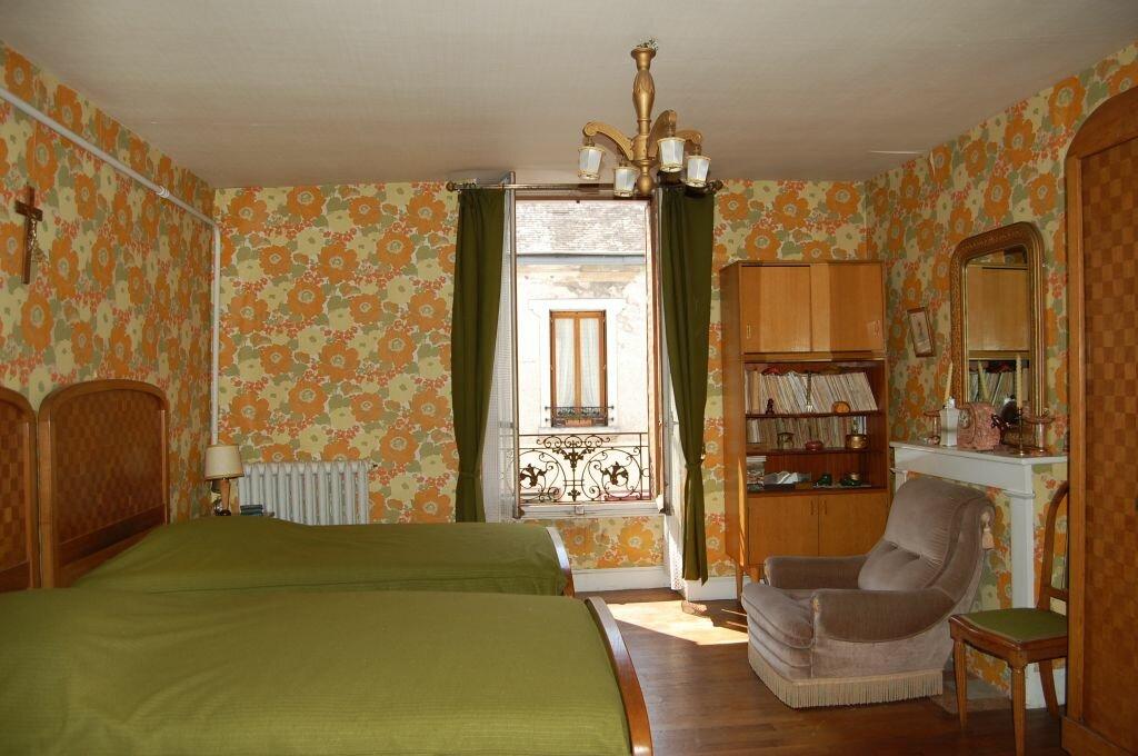 Achat Maison 10 pièces à Saint-Satur - vignette-8