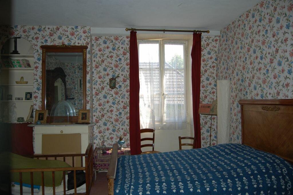 Achat Maison 10 pièces à Saint-Satur - vignette-10