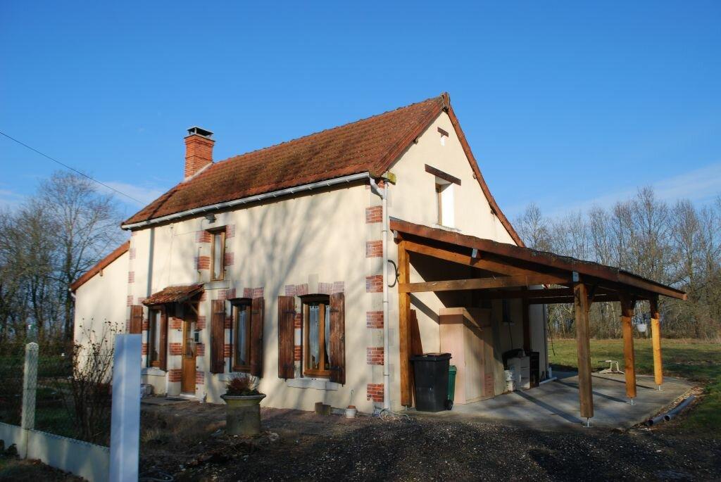 Achat Maison 4 pièces à La Celle-sur-Loire - vignette-1