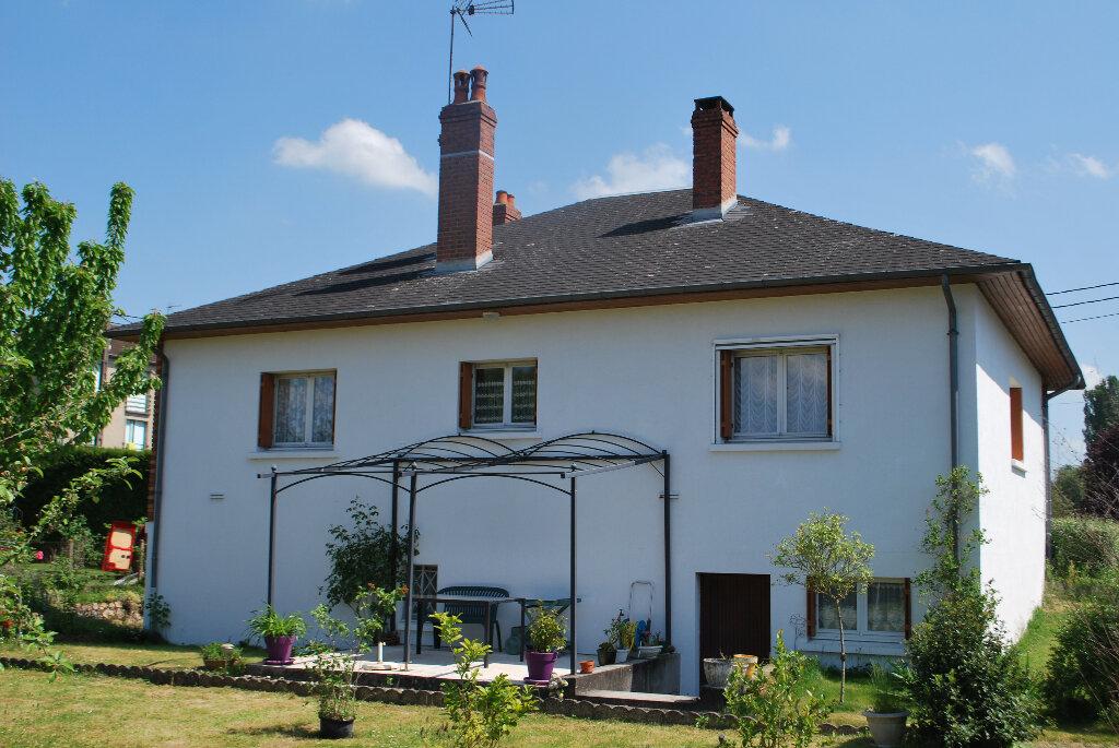 Achat Maison 4 pièces à Cosne-Cours-sur-Loire - vignette-9
