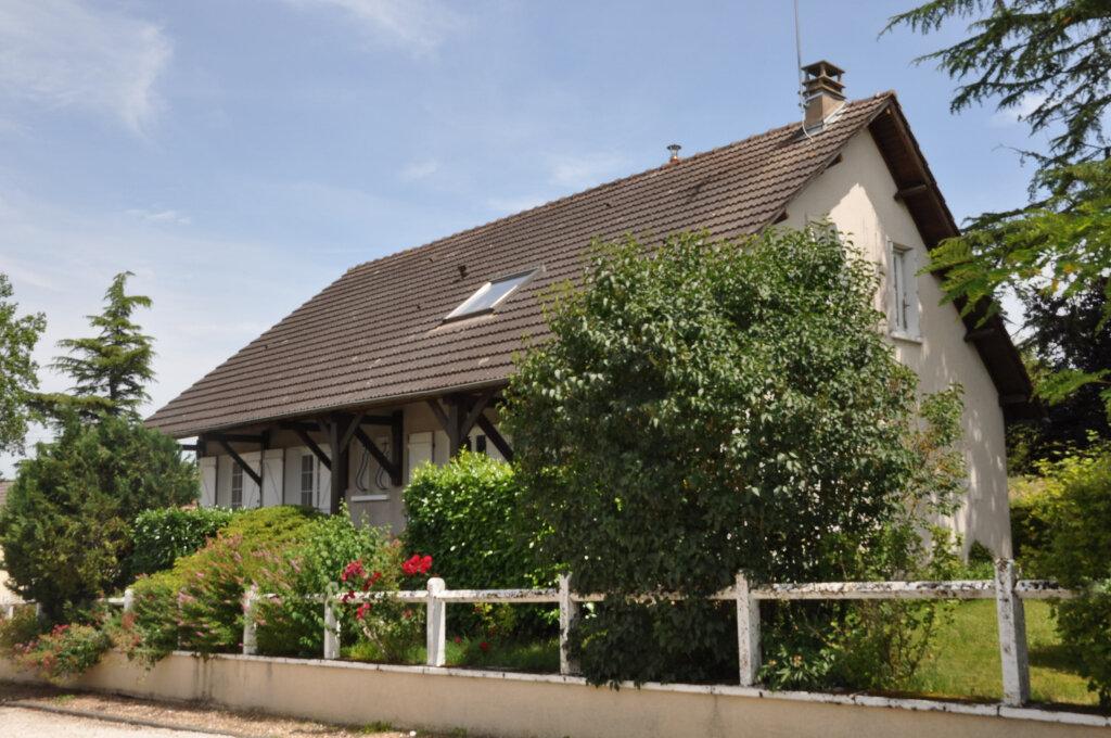 Achat Maison 9 pièces à Cosne-Cours-sur-Loire - vignette-1