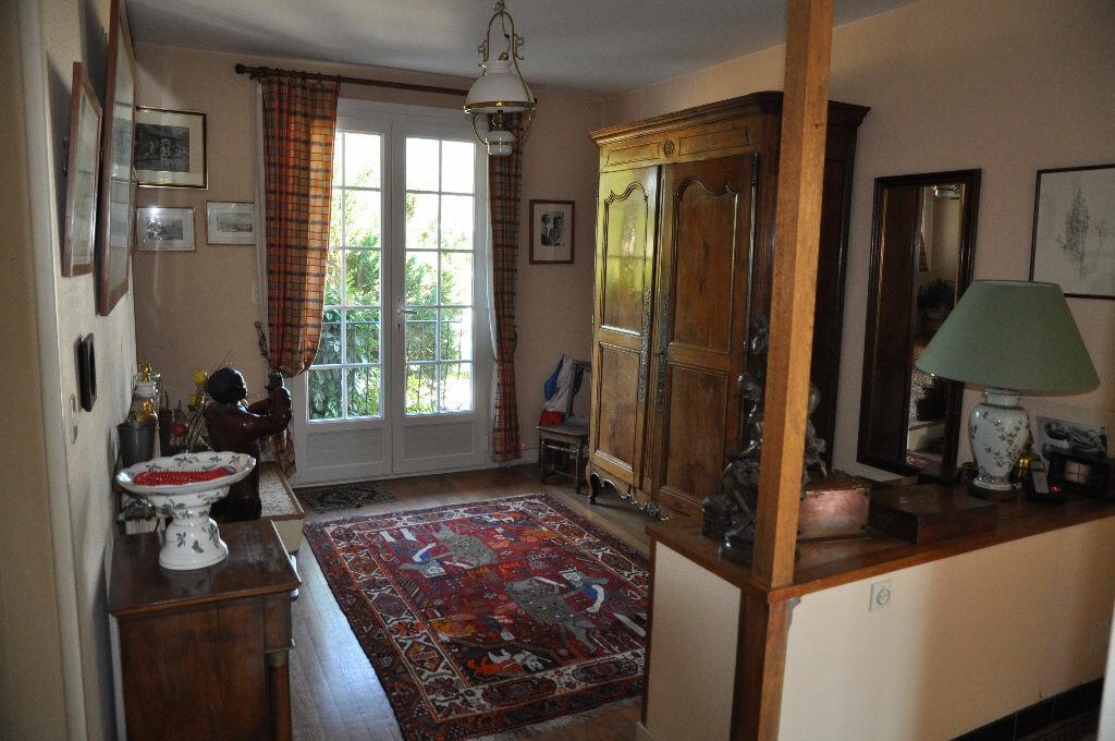 Achat Maison 9 pièces à Cosne-Cours-sur-Loire - vignette-6