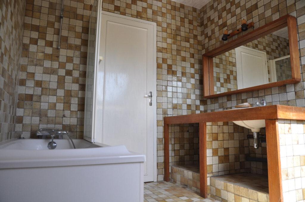 Achat Maison 9 pièces à Cosne-Cours-sur-Loire - vignette-8