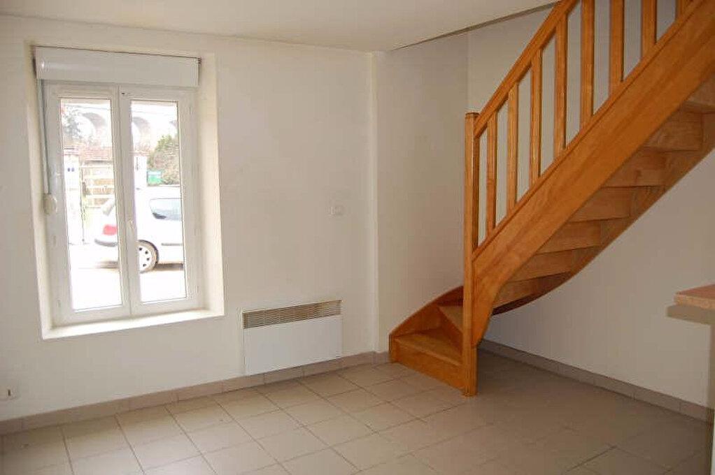 Location Appartement 2 pièces à Saint-Satur - vignette-1