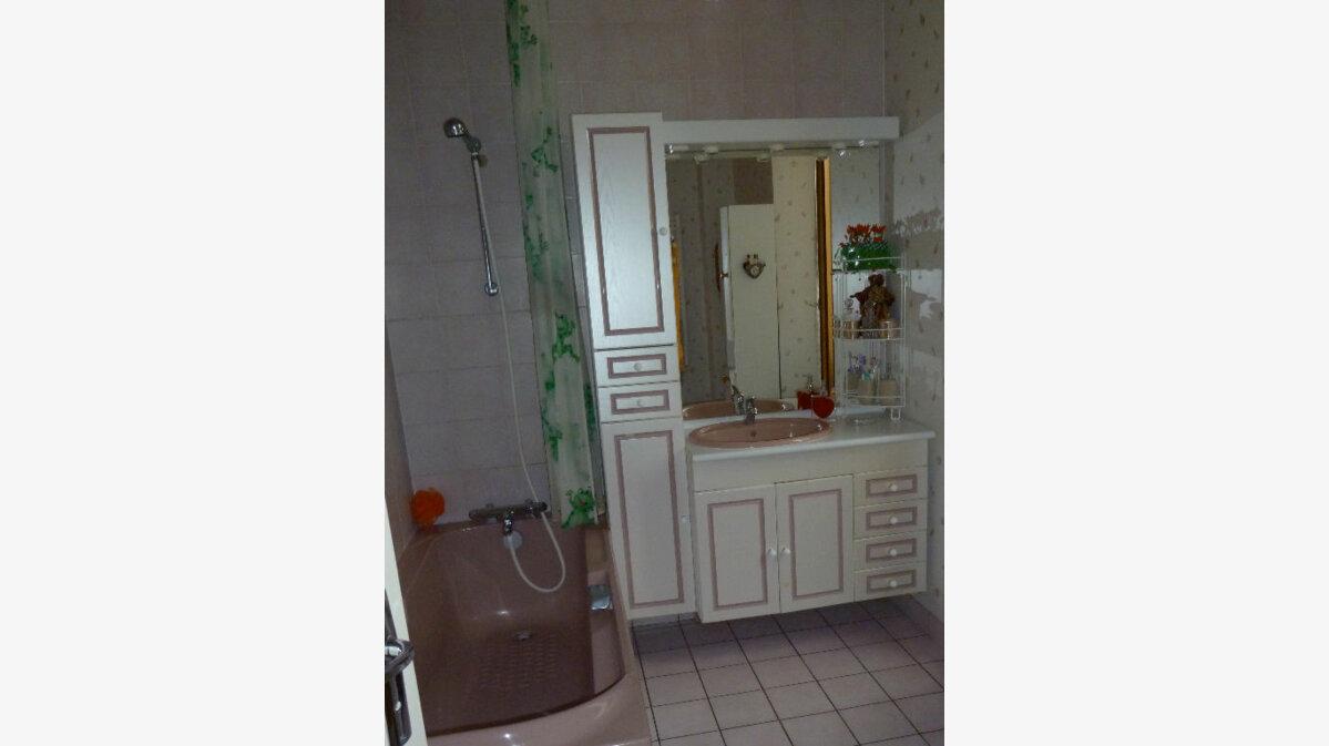 Achat Maison 7 pièces à Cosne-Cours-sur-Loire - vignette-6
