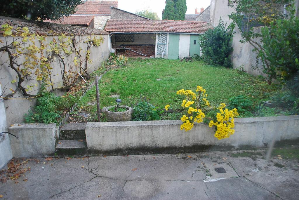 Achat Maison 5 pièces à Cosne-Cours-sur-Loire - vignette-4
