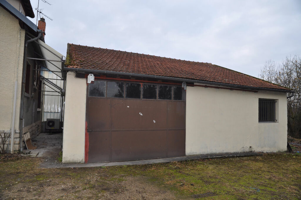 Achat Maison 5 pièces à Cosne-Cours-sur-Loire - vignette-2