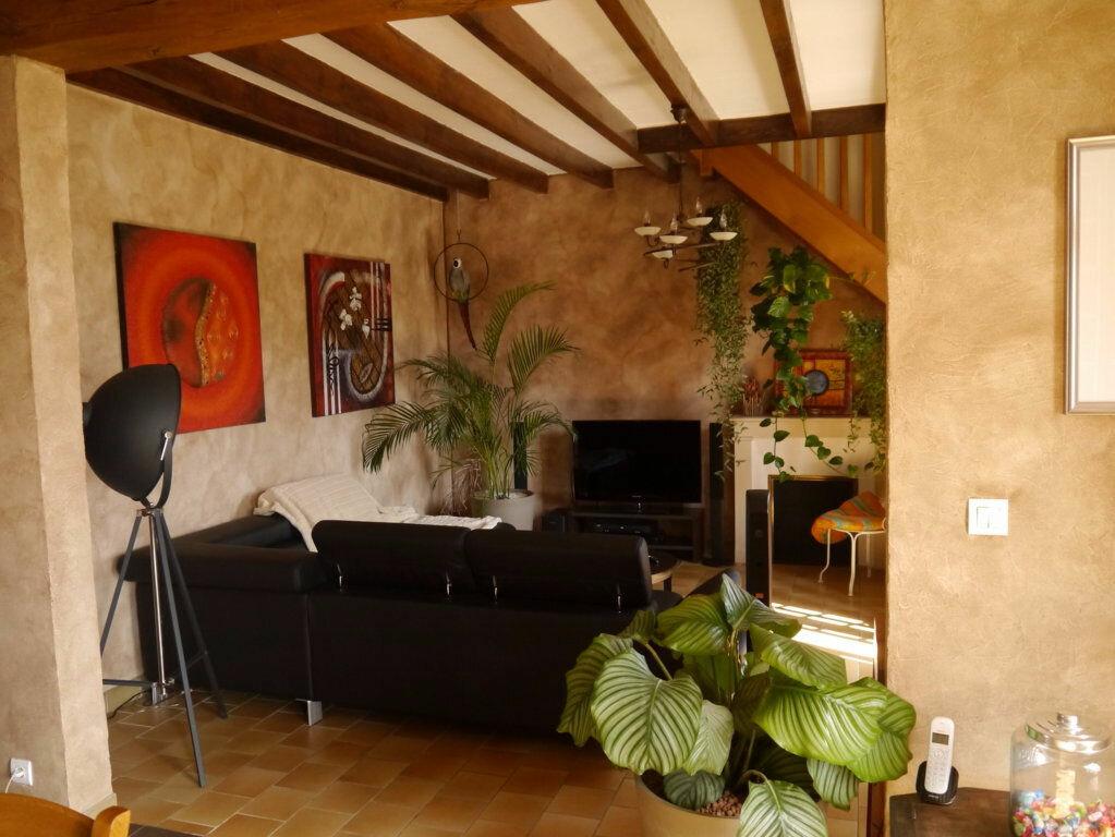 Achat Maison 5 pièces à Saint-Léger-le-Petit - vignette-7