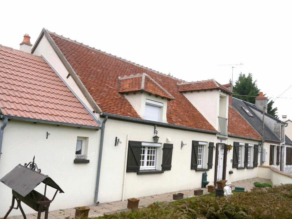 Achat Maison 6 pièces à Jussy-le-Chaudrier - vignette-1