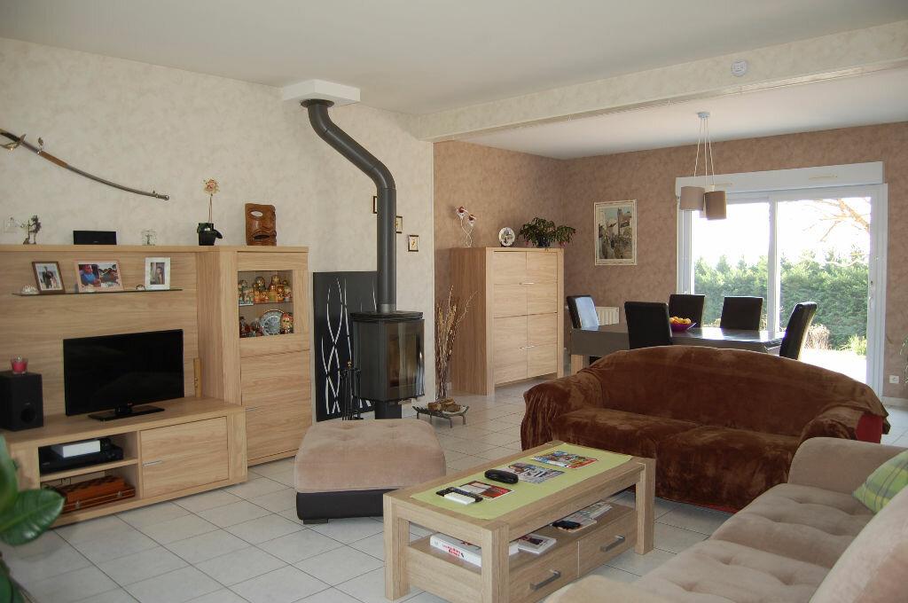 Achat Maison 5 pièces à Les Aix-d'Angillon - vignette-2