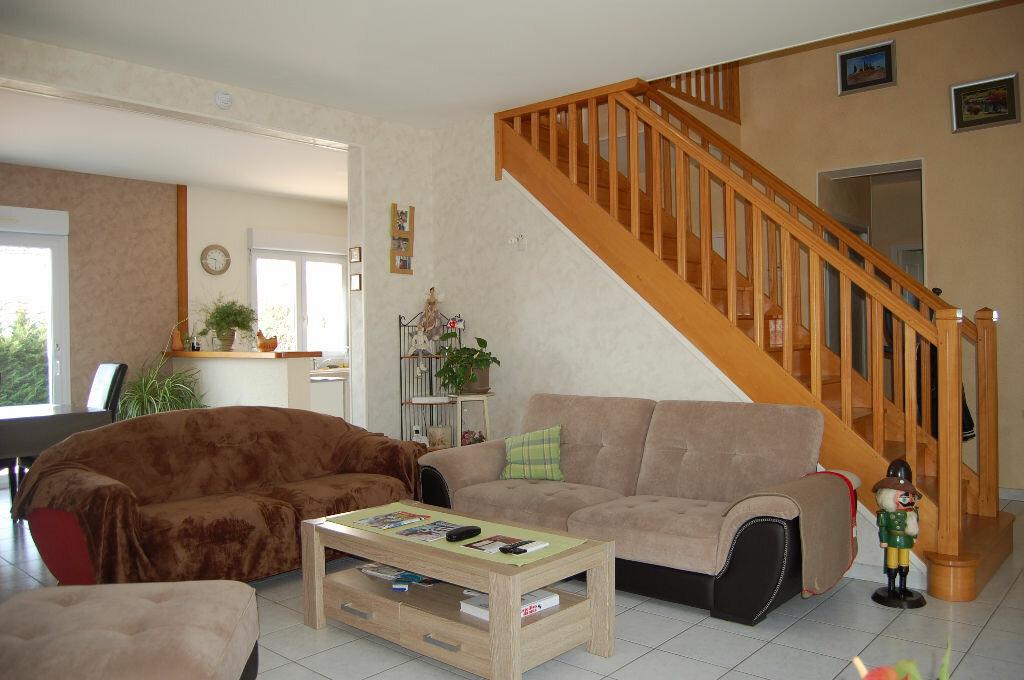 Achat Maison 5 pièces à Les Aix-d'Angillon - vignette-3