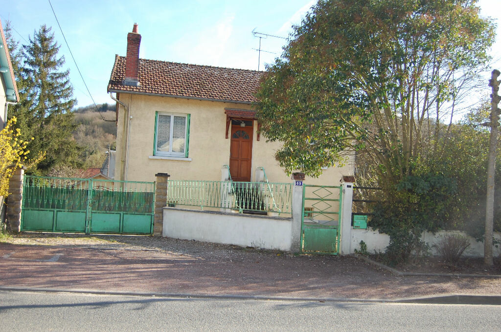 Location Maison 4 pièces à Saint-Satur - vignette-1