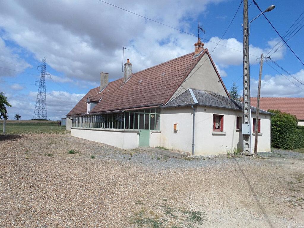 Achat Maison 4 pièces à Jussy-le-Chaudrier - vignette-1