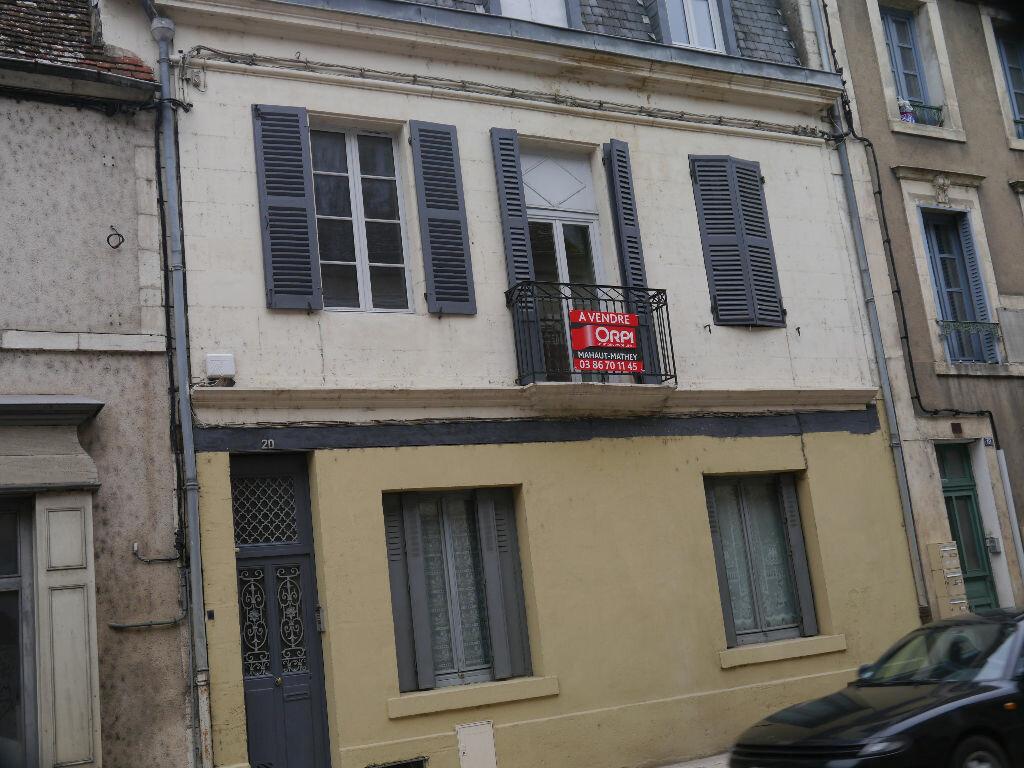 Achat Immeuble  à La Charité-sur-Loire - vignette-1