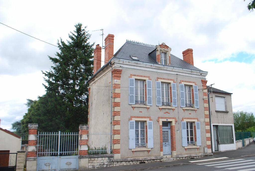 Achat Maison 5 pièces à Cosne-Cours-sur-Loire - vignette-8