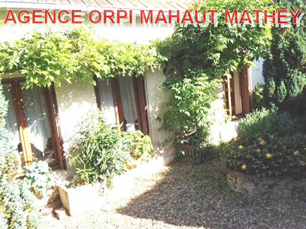 Achat Maison 4 pièces à Châteauneuf-Val-de-Bargis - vignette-1