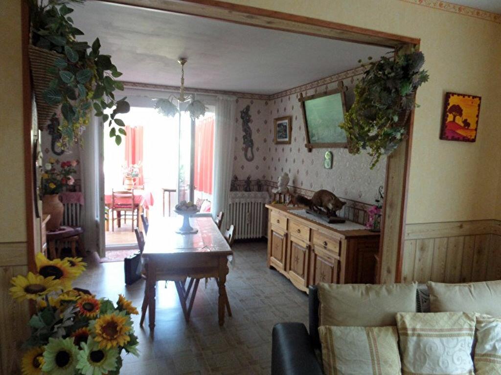 Achat Maison 4 pièces à La Chapelle-Montlinard - vignette-8