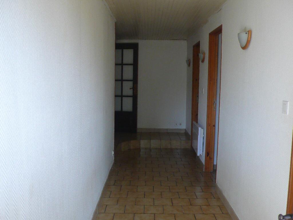 Location Maison 3 pièces à Boulleret - vignette-16