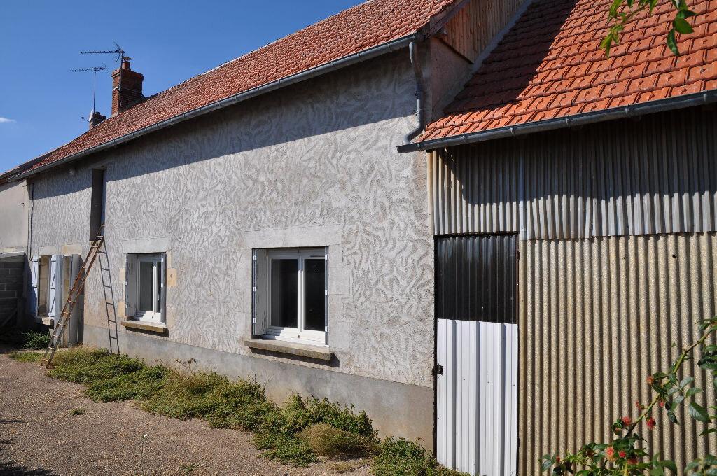 Achat Maison 3 pièces à Sury-près-Léré - vignette-2