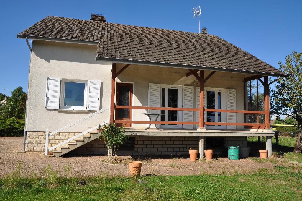 Achat Maison 4 pièces à Sury-près-Léré - vignette-2