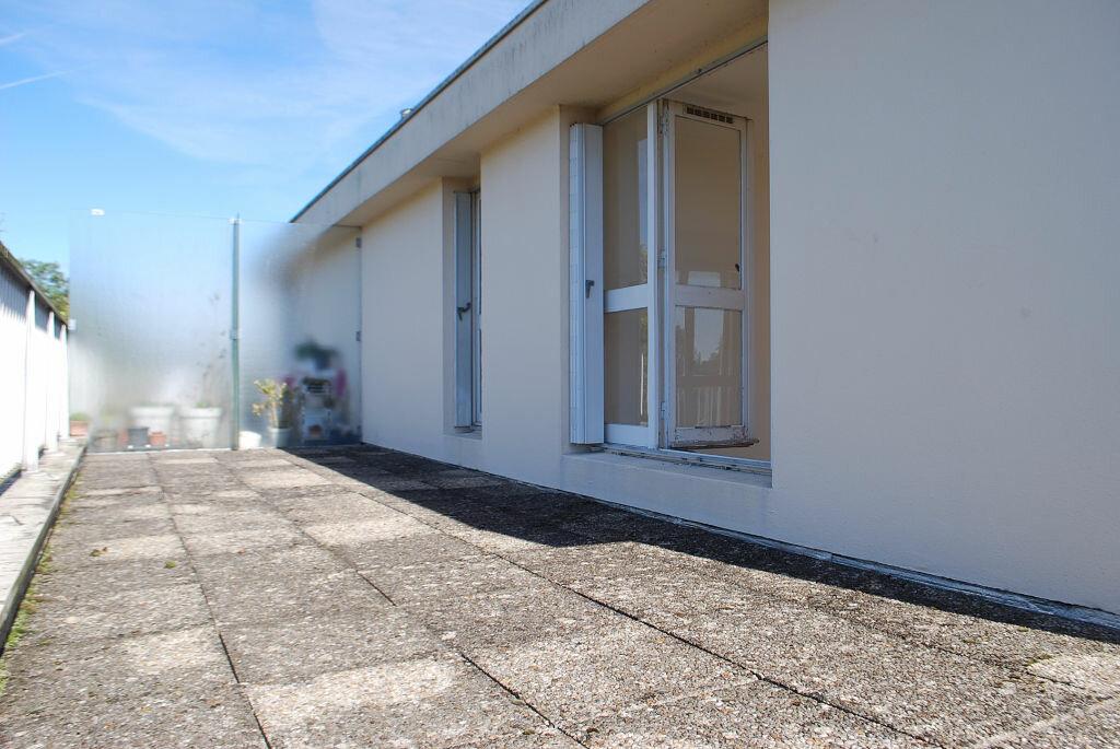 Achat Appartement 4 pièces à Cosne-Cours-sur-Loire - vignette-4