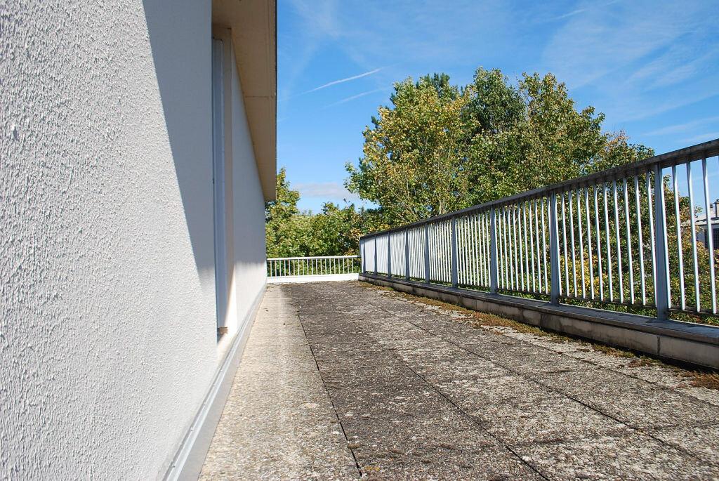 Achat Appartement 4 pièces à Cosne-Cours-sur-Loire - vignette-10