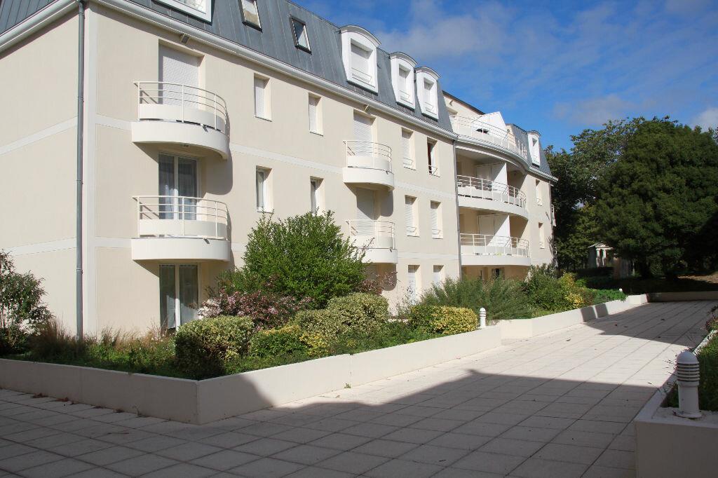 Achat Appartement 5 pièces à Périgny - vignette-1