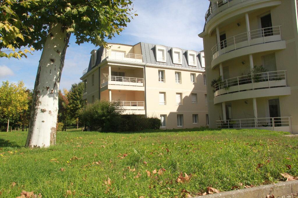 Achat Appartement 5 pièces à Périgny - vignette-3
