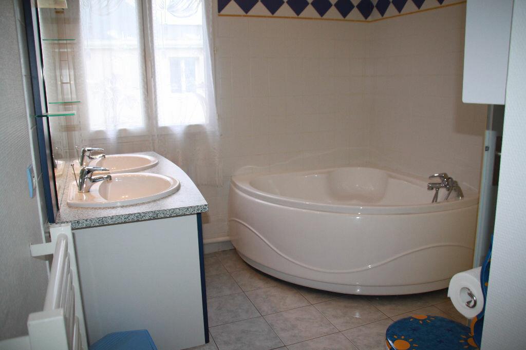 Achat Appartement 5 pièces à Périgny - vignette-10