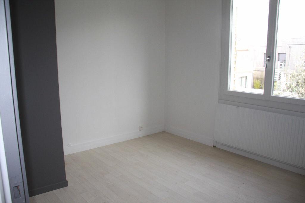 Achat Maison 6 pièces à La Rochelle - vignette-8