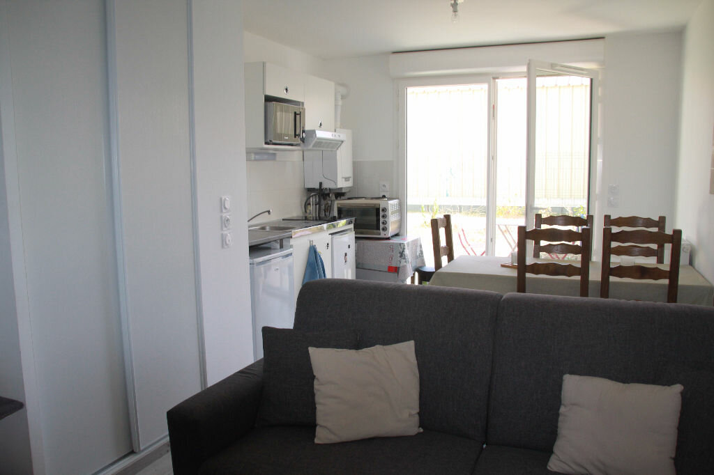Achat Appartement 2 pièces à La Rochelle - vignette-2