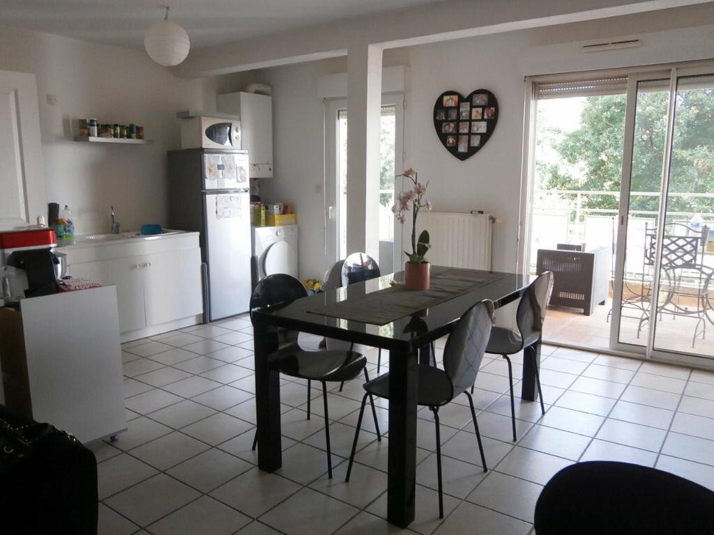 Achat Appartement 2 pièces à Le Pontet - vignette-2