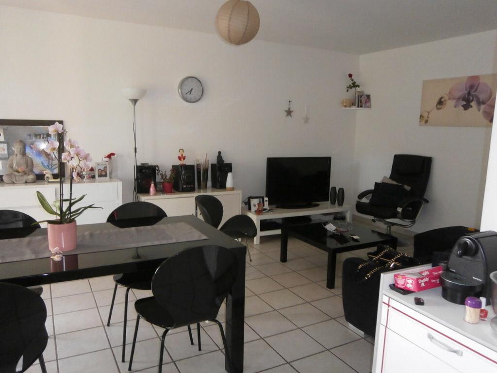 Achat Appartement 2 pièces à Le Pontet - vignette-3