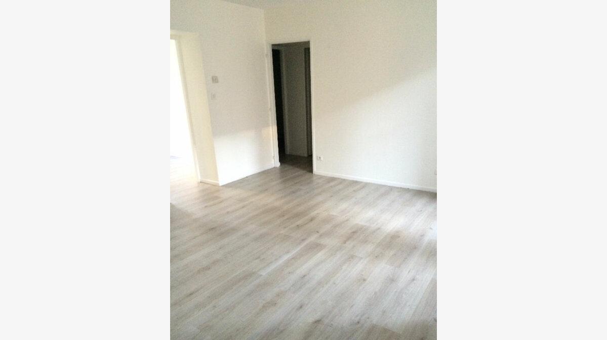 Location Appartement 3 pièces à Badonviller - vignette-1