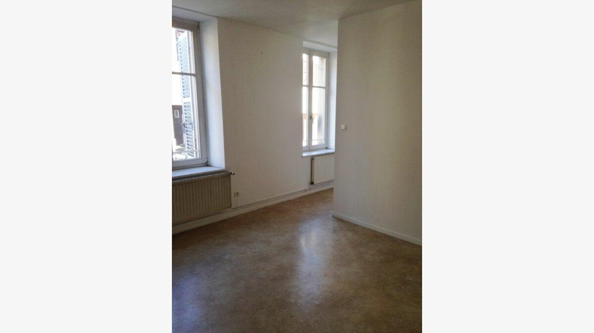 Location Appartement 3 pièces à Badonviller - vignette-2