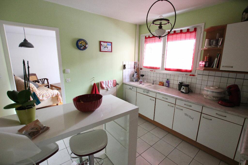 Achat Appartement 4 pièces à Thonon-les-Bains - vignette-3