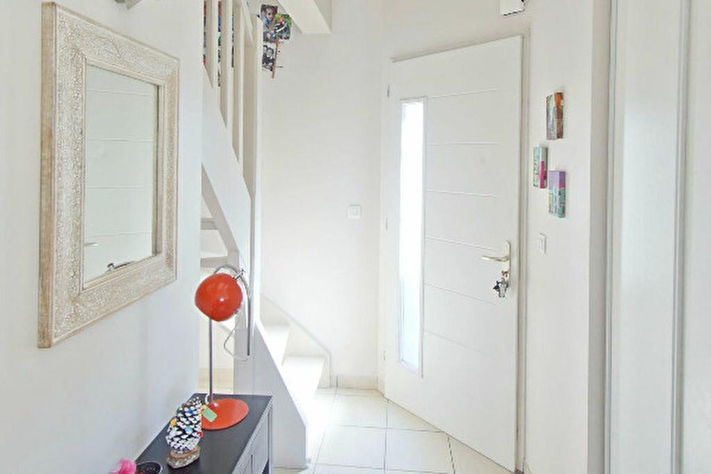 Achat Appartement 4 pièces à Sauvagnon - vignette-1