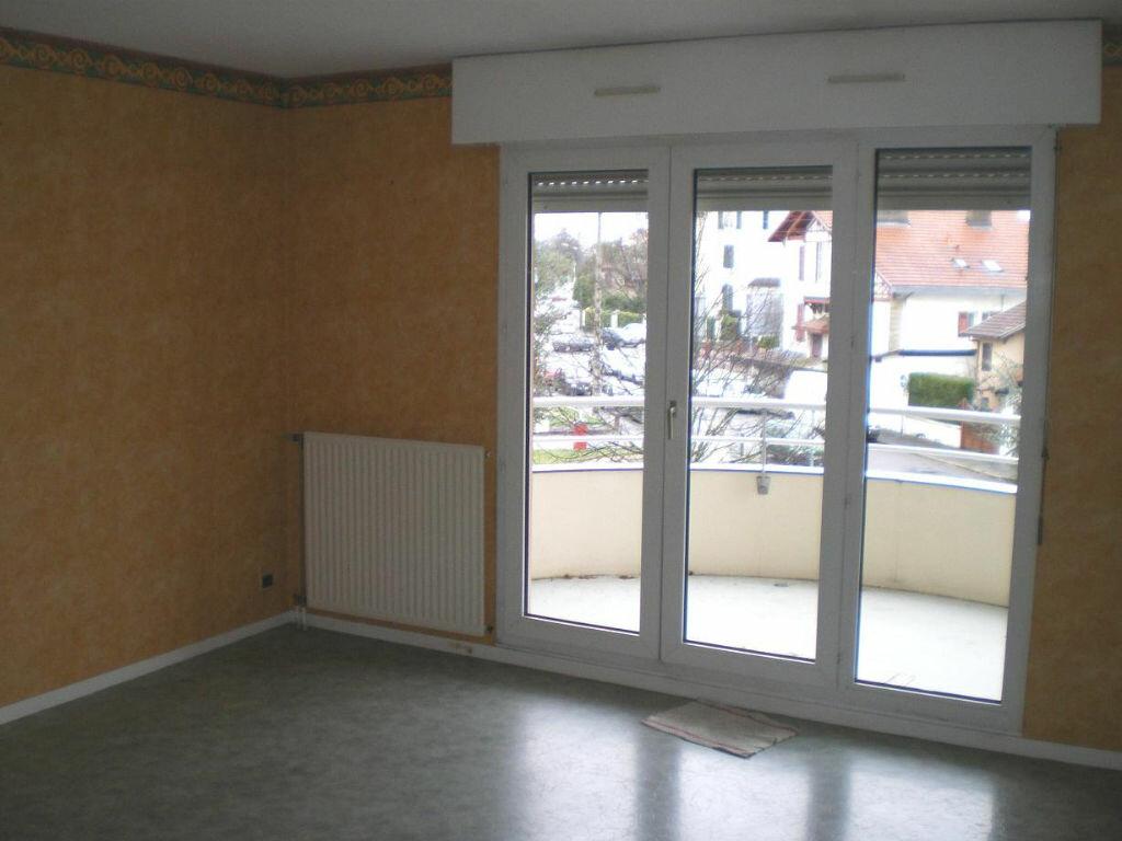 Location Appartement 2 pièces à Billère - vignette-1