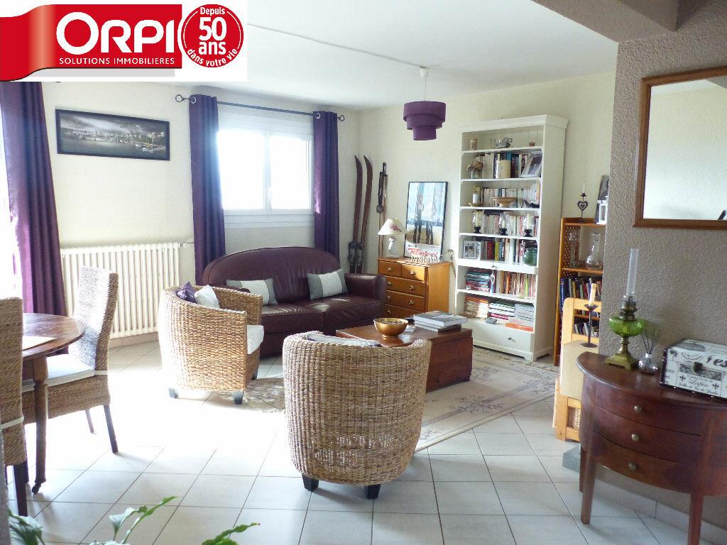 Achat Appartement 4 pièces à Goncelin - vignette-2