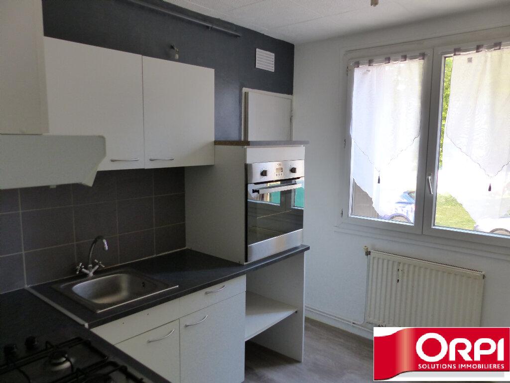 Achat Appartement 4 pièces à Saint-Martin-d'Hères - vignette-3