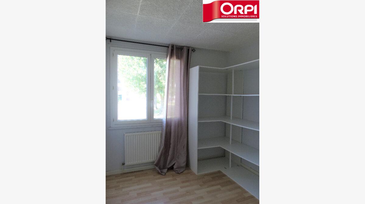 Achat Appartement 4 pièces à Saint-Martin-d'Hères - vignette-5