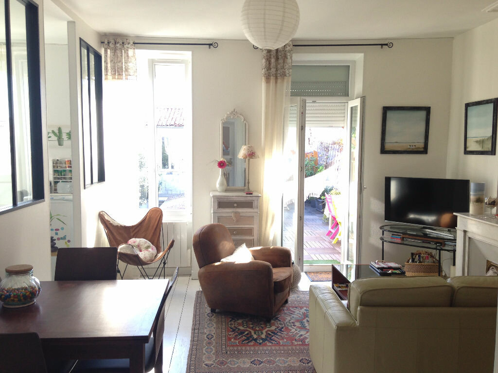 Achat Appartement 4 pièces à Rochefort - vignette-1