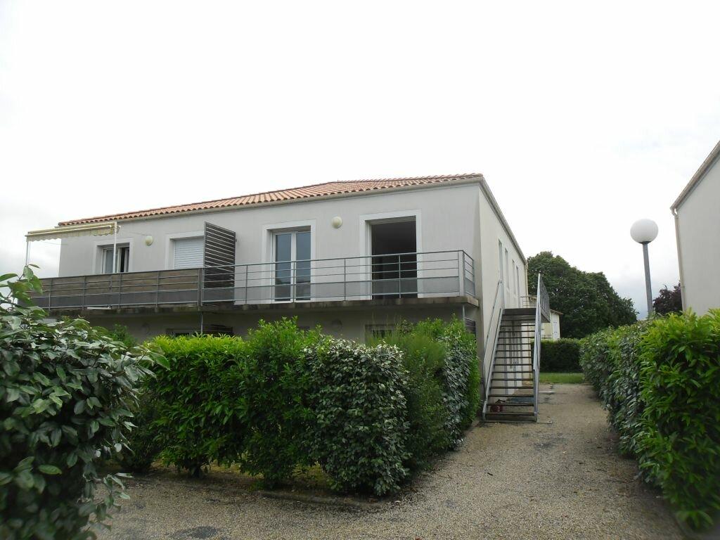 Achat Appartement 2 pièces à Port-des-Barques - vignette-1