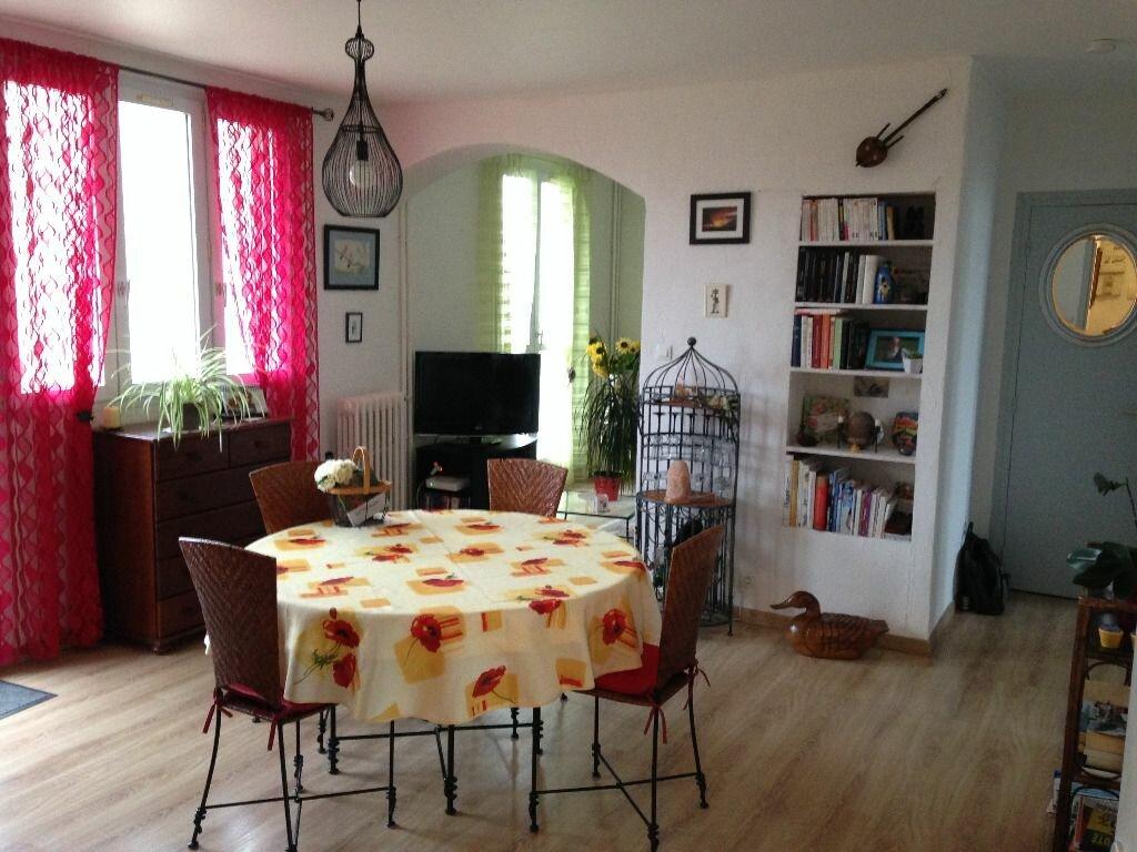 Achat Appartement 5 pièces à Rochefort - vignette-1