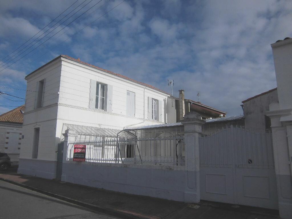 Achat Maison 4 pièces à Rochefort - vignette-1